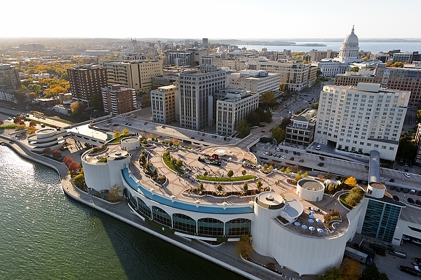 An aerial view of Lake Monona, the Monona Terrace, and the Wisconsin State Capitol taken in October 2011. Credit: Jeff Miller, UW-Madison.