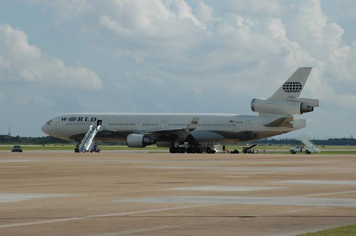 0016 World Airways MD11