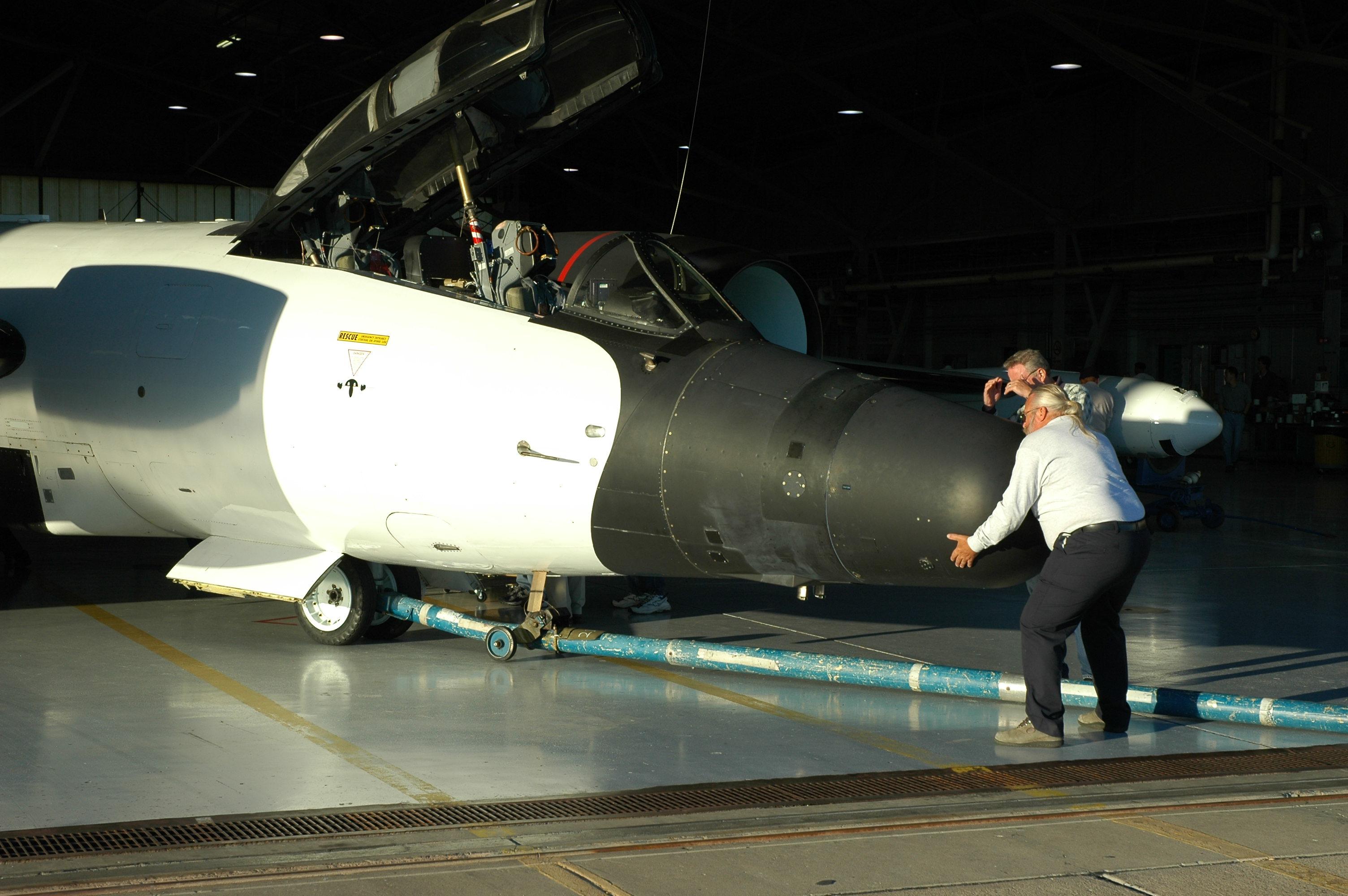 0025 Walt & NASA WB57 926